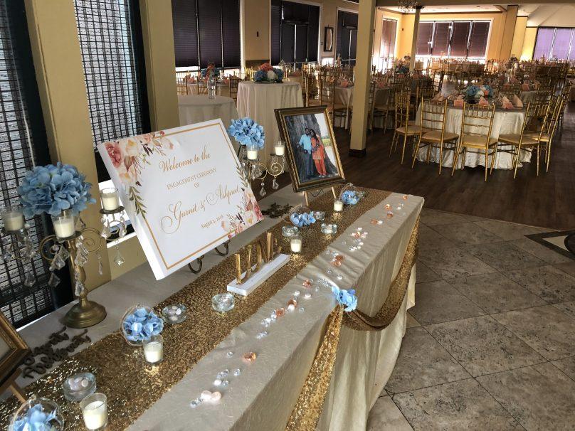 Bride & Groom Customized Table